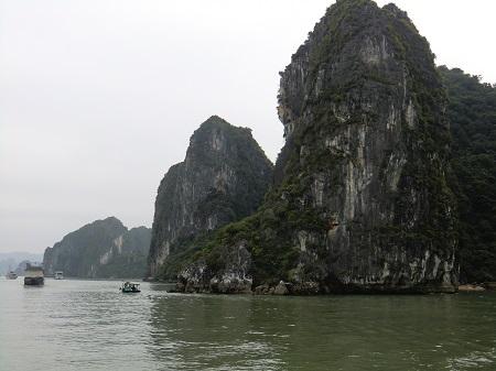 ベトナムのハノイ体験記!世界遺産のハロン湾とは?