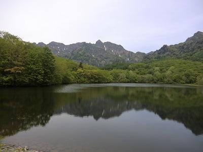 長野県戸隠にある神秘スポット「鏡池」とは?紅葉の時期も綺麗!