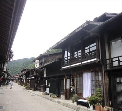 日本一長い宿場町「奈良井宿」を歩く